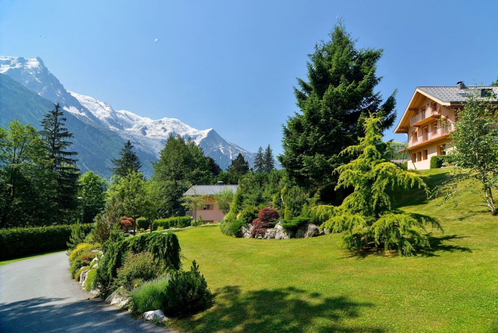 chalet 15 rooms for sale on CHAMONIX MONT BLANC (74400) - Luxury and prestigious real estate France Monaco